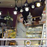 Belén Esteban comprando pasteles en el día de su 41 cumpleaños