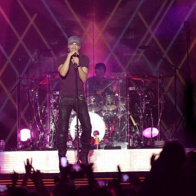 Enrique Iglesias en un concierto de su gira en Madrid
