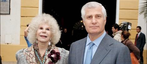 La Duquesa de Alba con su hijo y heredero Carlos