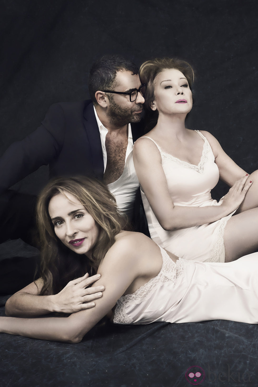 Jorge Javier Vázquez como Tom Ford con Mila Ximénez y Maria Patiño en Sálvame Fashion Week