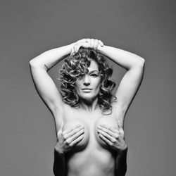 Raquel Bollo posa como Janet Jackson en Rolling Stone en la Sálvame Fashion Week