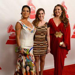 Lila Downs, Soledad Pastorutti y Niña Pastori en la entrega del premio Persona del Año 2014