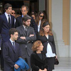 Los nietos de la Duquesa de Alba antes de funeral de su abuela