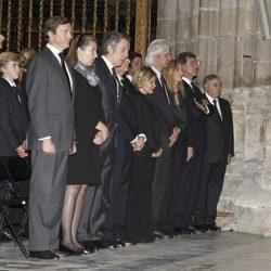 Los hijos y los nietos de Cayetana Fitz-James Stuart en el funeral de la Duquesa de Alba