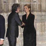 La Infanta Elena da el pésame a Alfonso Díez en el funeral de la Duquesa de Alba