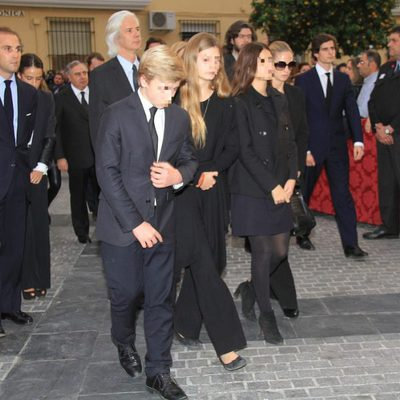 Los hijos y nietos de la Duquesa de Alba en el entierro de sus cenizas en la iglesia del Cristo de los Gitanos