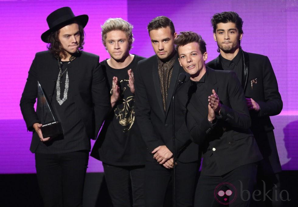 One Direction en los American Music Awards 2014