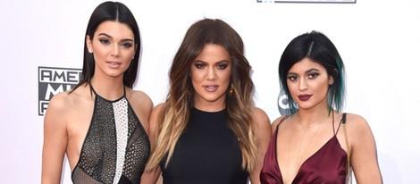 Kylie Jenner, Khloe Kardashian y Kendall Jenner en los American Music Awards 2014