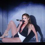 Jennifer Lopez durante su actuación en los American Music Awards 2014