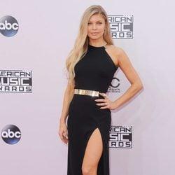 Fergie posando en los American Music Awards 2014