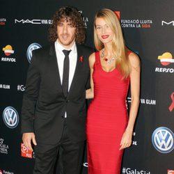 Carles Puyol y Vanesa Lorenzo en una gala benéfica contra el Sida en Barcelona