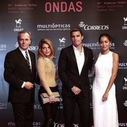 José Coronado, Thaïs Blume, Álex González e Hiba Abouk en los Premios Ondas 2014