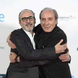 Fernando Guillén Cuervo y Eusebio Poncela en el estreno del último capítulo de 'Isabel'