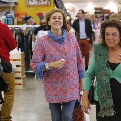 María Dolores de Cospedal en el Rastrillo 2014