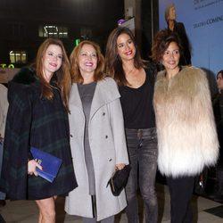Amelia Bono, Ana Rodríguez, Isabel JIménez y Patricia Pérez en el concierto de Raphael