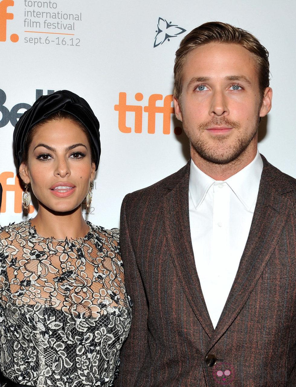 Eva Mendes y Ryan Gosling en la premiere de 'Cruce de Caminos'