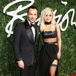 Tom Ford y Rita Ora acuden a los 'British Fashion Awards 2014' en Londres