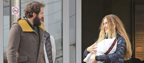 Borja Thysenn y Blanca Cuesta felices al convertirse en padres por cuarta vez