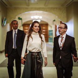 La Reina Rania de Jordania visitando el Foro de Habilidades del Profesor