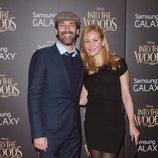 Jon Hamm y Jennifer Westfeldt en el estreno de 'Into the Woods' celebrado en Nueva York