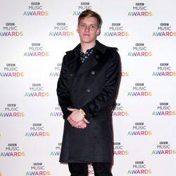 George Ezra en la entrega de los BBC Music Awards 2014
