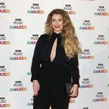 Ella Henderson en la entrega de los BBC Music Awards 2014
