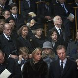 Los Grandes Duques de Luxemburgo, los Reyes Juan Carlos y Sofía y Beatriz de Holanda en el funeral de Fabiola de Bélgica
