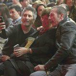El juez Fernando Grande Marlaska y Nativel Preciado en el concierto de Sabina en Madrid