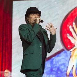 Joaquín Sabina ofreciendo un concierto en Madrid