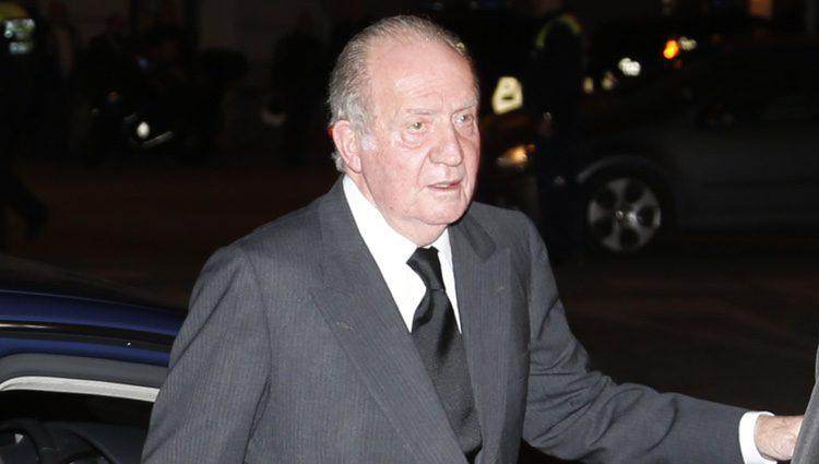 El Rey Juan Carlos en el funeral de la Duquesa de Alba en Madrid