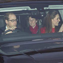 Los Duques de Cambridge y María Teresa Turrión Borrallo en un almuerzo prenavideño en Buckingham Palace