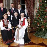 La Familia Real Noruega posa por Navidad 2014