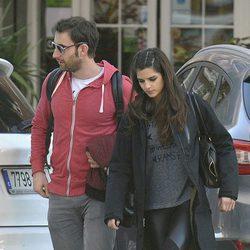 Dani Rovira y Clara Lago paseando por Málaga