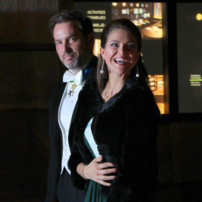 Magdalena de Suecia se toca el vientre en su primera aparición pública tras anunciar su segundo embarazo