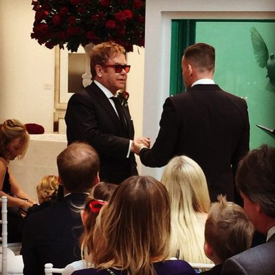 Elton John y David Furnish el día de su boda en Windsor