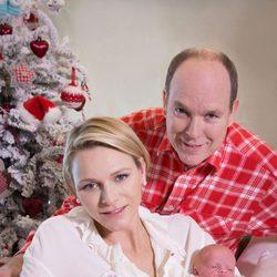 Alberto y Charlene de Mónaco posan por primera vez con sus hijos Jacques y Gabriella