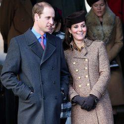 Guillermo de Inglaterra y Kate Middleton en la Misa de Navidad 2014