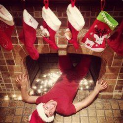 Tom Daley felicita la Navidad a sus seguidores con una divertida foto