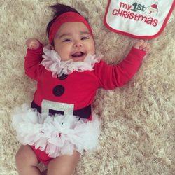 Giovanna Marie LaValle Polizzi celebrando su primera Navidad