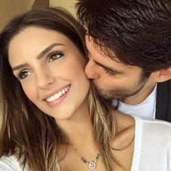 Kaká y Caroline Celico confirman su reconciliación con una tierna fotografía