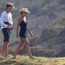 Heidi Klum y Vito Schnabel durante un día de montaña en San Bartolomé