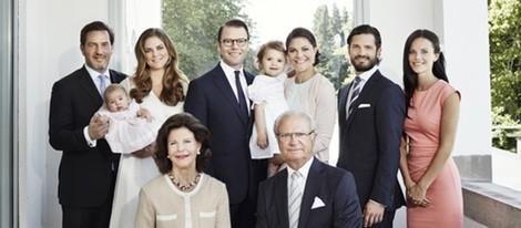 La Familia Real Sueca felicitando el año 2015