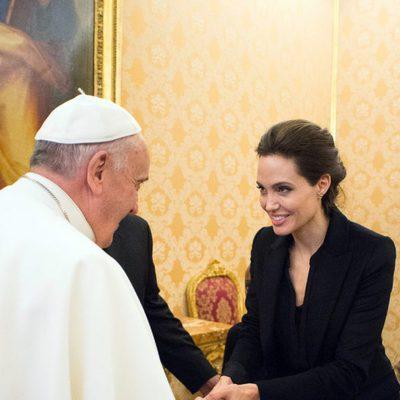 Angelina Jolie se reúne con el Papa Francisco en el Vaticano