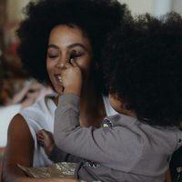 Fotografía con la que Solange Knowles ha felicitado a su sobrina Blue Ivy Carter