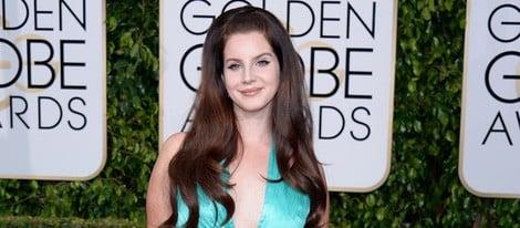 Lana del Rey en la alfombra roja de los Globos de Oro 2015