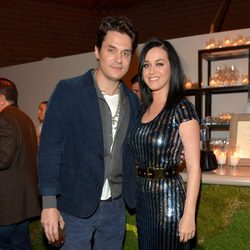 Katy Perry y John Mayer en un evento de la American Cancer Society