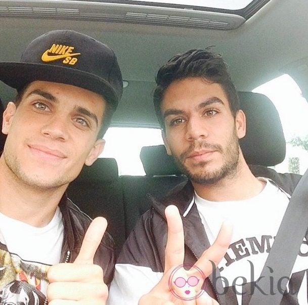 Marc Bartra y su hermano gemelo Eric