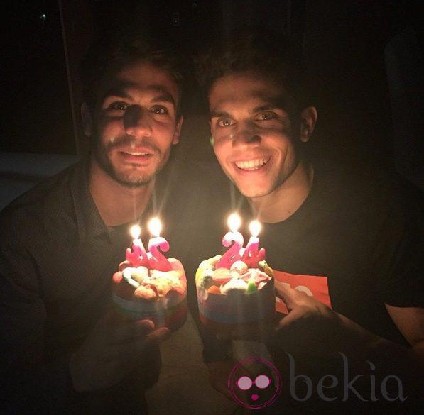 Eric y Marc Bartra celebran su 24 cumpleaños