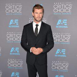 Chris Hemsworth en los Critics' Choice Awards 2015