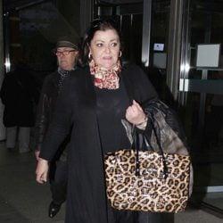 Charo Reina en el tanatorio de María Pérez Montané, madre de Los Morancos